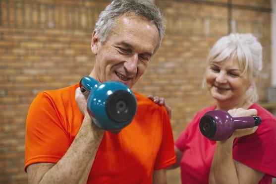 ¿Qué pasa al envejecer y qué podemos hacer? (II) Solidaridad Intergeneracional. La Familia X que SÍ